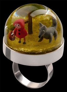 Little red riding hood ring #glassdome #cupola #cloche - Carefully selected by GORGONIA www.gorgonia.it