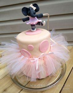 CUTE little cake with tutu