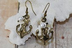Hey, I found this really awesome Etsy listing at https://www.etsy.com/listing/224117507/brass-anchor-earrings-beach-wedding