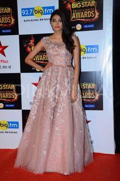 The Big Star Entertainment Awards held last night saw a number of Bollywood stars attending the ceremony including a brigade of newcomers like Suraj . Elegant Dresses, Nice Dresses, Awesome Dresses, Sequin Playsuit, Ideas For Instagram Photos, Celebrity Style Inspiration, Saree Trends, Engagement Outfits, Fashion Design Drawings