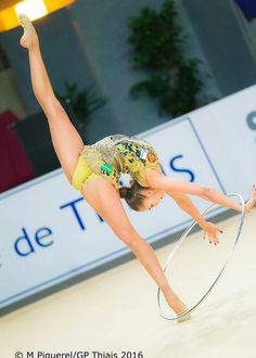Margarita Mamun (Russia) won gold in hoop finals at World Cup (Pesaro) 2016