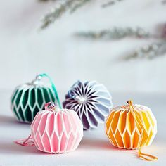 Have a great Friday everyone. #christmasdecorations #baubles #design #designporn #designinspiration #designideas #designlovers #designyourlife #designinspo #designoftheday #designblogger #designblog #interiordesign #interiors #interiordecor #instainteriors #interiorarchitecture #interiorinstagram #interiorinspo #decor #decorideas #decorationggoals #homedecor #homedesign #debbylewisharrison #apartmentlife