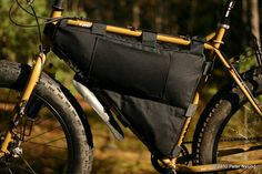 How to sew a frame bag. Long and pic heavy. Bike Frame Bag, Bike Bag, Commuter Bag, Fat Bike, Sewing Tutorials, Bike Packing, Cycling, Bags, Needlecrafts
