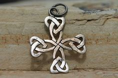 Vintage Hand Wrought 925 Sterling SIlver Openwork Maltese Cross Pendant or Charm