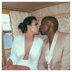 Kim Kardashian shared photos from her Versailles Palace wedding rehearsal with Kanye West one year later -- see their carriage entrance! Kim Kardashian Kanye West, Kim Kardashian Wedding, Kim And Kanye, Kardashian Jenner, Kardashian Family, Kardashian Style, Kardashian Fashion, Kardashian Photos, Kardashian Kollection