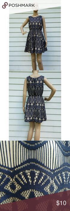 """Cute casual/party dress Size 8 Worn only once.  Mannequin size is 6 Mannequin height is 5'6""""  Check out my other items for sale.  #dress #partydress #cocktaildress #summerdress #summer #minidress #cutedress #size8dress #bluedress #nudedress Dresses Mini"""
