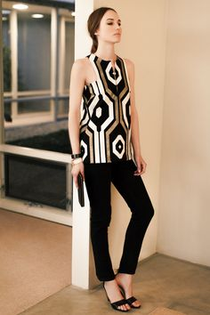 A-Line Mod Top - Big Geo - Emerson Fry Cool mod outfit. Work Fashion, Fashion Beauty, Fashion Outfits, Womens Fashion, Looks Party, Look Boho, Glamour, Formal, Passion For Fashion