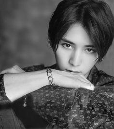 Ryosuke Yamada, Sexy Asian Men, Japanese Boy, Japanese Drama, Male Models, Actors & Actresses, Fashion Models, Hot Guys, Jumpers