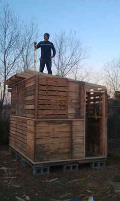 Building big with pallets