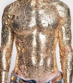 Gold Mimicry / Auric Body / Golden Form: The power to transform into or have a physical body made up of gold. Technique of Gold Manipulation. Variation of Metal Mimicry. We Are Golden, Glitter Make Up, Gold Everything, Gold Bodies, Metallic Bodies, Gold Leaf, Metallic Gold, Solid Gold, Body Art