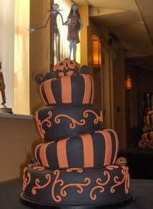 The Nightmare Before Christmas Cake - Halloween style!