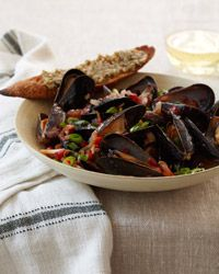 Chile-Steamed Mussels with Green Olive Crostini - Vegetarian and Pescatarian Mario Batali Recipes on Food & Wine Raw Food Recipes, Wine Recipes, Italian Recipes, Cooking Recipes, Healthy Recipes, Seafood Dishes, Fish And Seafood, Seafood Recipes, Clean Eating Snacks