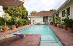 Dolliwarie - Guest House and Bed and Breakast in Panorama - 4 Cape Town, Bed And Breakfast, Outdoor Decor, House, Home Decor, Breakfast In Bed, Homemade Home Decor, Home, Haus