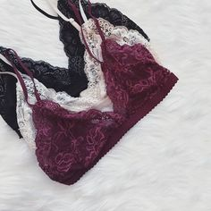 Am I the only one obsessed with bralettes?! Just thinking that my boyfriend would love them