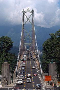 .~Lions Gate Bridge / Vancouver/ British Columbia / Canada~.
