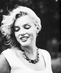 """""""Marilyn Monroe photographed by Sam Shaw 1957"""""""