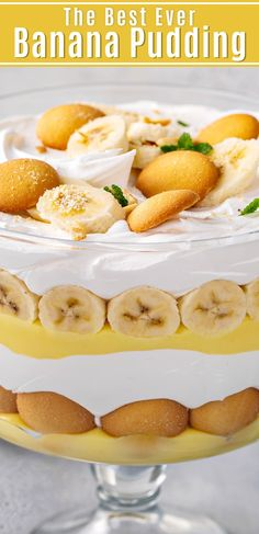 You just need one secret ingredient to make. You just need one secret ingredient to make my mamas famous Banana Pudding recipe! Its extra creamy and perfectly sweet with tons of banana in each bite! Easy Pudding Recipes, Banana Recipes, Best Dessert Recipes, Dessert Ideas, Easy Recipes, Potluck Ideas, Recipes Dinner, Cocktail Recipes, Trifle Desserts
