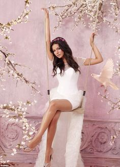 pale pink walls and flowers in the background
