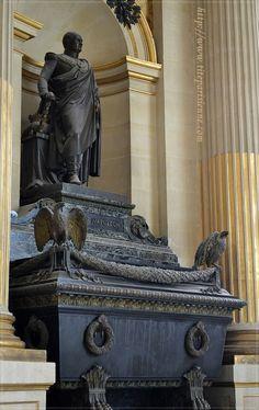 Tomba di Girolamo Bonaparte agli Invalides a Parigi