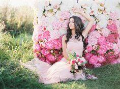 Photography: Elena Koshkina - elenakoshkina.blogspot.ru/ Photography: Maria Munitsyna - marymoon.ru/  Read More: http://www.stylemepretty.com/destination-weddings/2014/12/30/hot-air-balloon-inspiration-shoot/