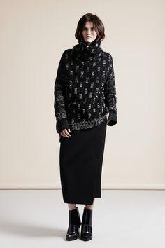 Nicole Farhi Fall 2013 Ready-to-Wear Collection Slideshow on Style.com