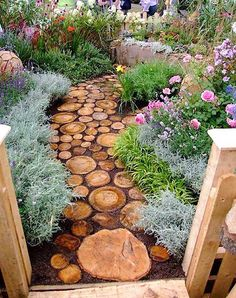 Use these slices of wood tree logs as walk ways or path way to your garden. It will surely be an awesome idea for your garden. No doubt it will be a bit messy to clean but will be a good option apart from pebble or stone walkways, which have become common nowadays.