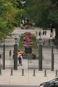 Gateway to Morman Temple in Salt Lake City - Photo by Amy Laurel Hegy @A Tale of Two Tramps