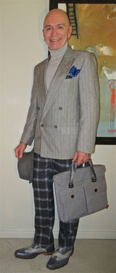 Vintage Lord & Taylor DB jacket, TOPMAN turtleneck, Etro trousers, Ron White two-tone wingtip oxfords… #Vintage #LordAndTaylor #TOPMAN #Etro #RonWhite #Toronto #WIWT #menswear #mensweardaily #mensfashion #instafashion #fashion #dandy #dandystyle #sartorial #sartorialsplendour #sprezzatura #menstyle #dapper #dapperstyle #menshoes