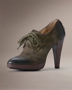 Harlow Oxford    http://www.thefryecompany.com/womens-shoes/view-all/73633/harlow-oxford