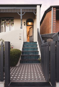 Olde English Tiles' gorgeous tessellated tiled floors can revitalise and transform a tired verandah into a spectacular, welcoming entrance to your home. Porch Steps, Front Steps, Terrace House Exterior, House Exteriors, Porch Tile, Charcoal Walls, Tile Steps, Melbourne House, Melbourne Street