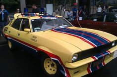 The last two nights have been kind to me on aussie TV chucking up The Omega Man followed by Mad Max 2 on consecutive nights.  To mark this auspicious occasion here is a picture of Roop's car, well a fan replica I saw in sydney anyway.