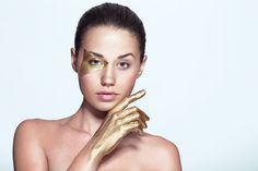 Beauty Gold Make up. Editorial  Osmow   Fotografía y Video   Gijón, Asturias - Beauty http://www.osmow.es/3017038-beauty#e-1 via format.com
