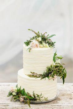 憧れのガーデンウェディングに♡結婚式のナチュラルなウェディングケーキまとめ一覧♡
