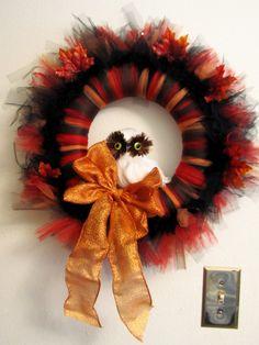 Autumn Tulle Owl Wreath Tutorial