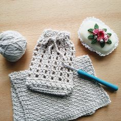 Winter Hats, Crochet Hats, Facial, Fashion, Crocheting, Spinning, How To Knit, Bath Sponges, Threading