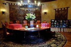 Guest sign in table with Chinese decor and red Chinese party favor bags, filled with Chinese candy | Jeff Jenq Photography | villasiena.cc