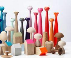 Bougeoir design et coloré parfait pour les fêtes de noel via decofinder.com Toothbrush Holder, Parfait, Rose, Design, Christmas Parties, Pink, Roses