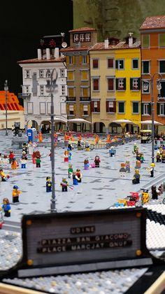 Talenti LEGO: Una Passeggiata in Piazza San Giacomo di Udine con Luca Di Lazzaro - Mattonito