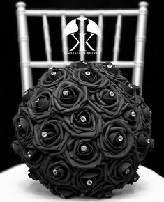 BLACK Flower Ball with BLING RHINESTONE GEMS. 12 Flower Ball is pictured with Rhinestone Gems.  BLACK Flower Ball made with PREMIUM Real Touch Roses. Add Bling Rhinestone Gems in roses or Pearl Brooches between the roses to add a little more bling to your special day! You will be amazed at how real Mickey Centerpiece, Bling Centerpiece, Black Centerpieces, Wedding Centerpieces, Mauve Wedding, Paris Wedding, Bling Wedding, Nautical Wedding, Luxury Wedding