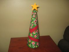Duck Tape Christmas Tree Duck Tape Wallet, Duck Tape Crafts, Some Ideas, Lava Lamp, Table Lamp, Christmas Tree, Diy, Home Decor, Teal Christmas Tree