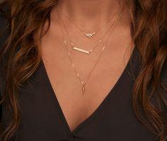 Delicate Minimal Gold Necklace / Simple Charm von LayeredAndLong
