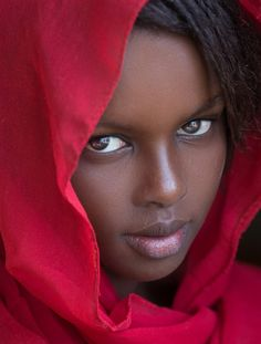 Khadiatha by Joachim Bergauer IFtemppicpinned in Building blo… Khadiatha by Joachim Bergauer # material library material via IFtemppicpinned in Building blocksdownld in ios 13 2017 at AM IF Beautiful Black Girl, Most Beautiful Faces, Beautiful Eyes, Beautiful People, Beautiful Women, African American Beauty, African Beauty, Girl Face, Woman Face