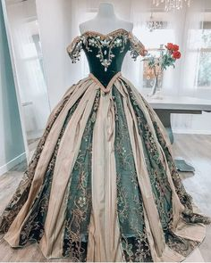 Robes Disney, Disney Dresses, Disney Princess Dresses, Princess Outfits, Disney Inspired Dresses, Princess Clothes, Princess Gowns, Royal Dresses, Ball Gown Dresses