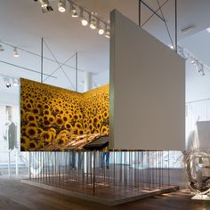 The museum has a contemporary design concept where history seems to be frozen in time.