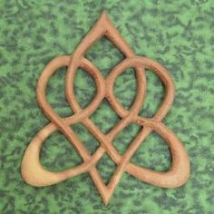 Stylized Celtic Heart   Knot of Everlasting Love