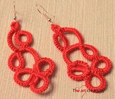 """Orecchini """"Red""""                           Orecchini realizzati con la tecnica del chiacchierino ad ago con filo di cotone di colore rosso. #orecchini #chiacchierino"""