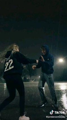 dancing in the rain VC: jordanxxmurphy Cute Couple Videos, Cute Couple Pictures, Best Friend Pictures, Rain Dance, Dancing In The Rain, Cute Couple Dancing, Couple In Rain, Couple Goals Relationships, Relationship Goals Pictures