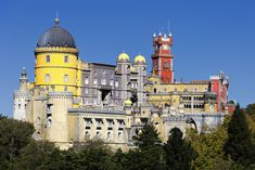 Pena National Palace in Sintra, Portugal (© Frédéric Prochasson - Fotolia.com)