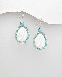 earrings beaded with mother of pearl and crystal glass