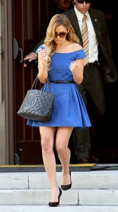 Reruns of The Hills were recently on MTV in the morning, and I'd forgotten how much I drooled over LC's blue Valentino dress at Heidi's wedding.